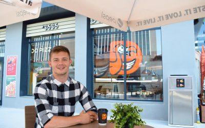 Povestea lui Teodor Lupu – de la pizza maker la Manager de restaurant